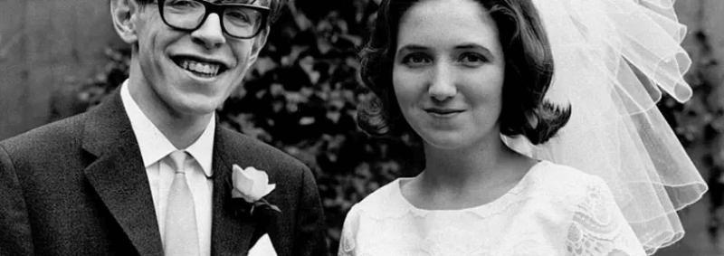 stephan hawking yasami - Stephen Hawking Modern kozmolojinin en parlak yıldızı 76 yaşında öldü