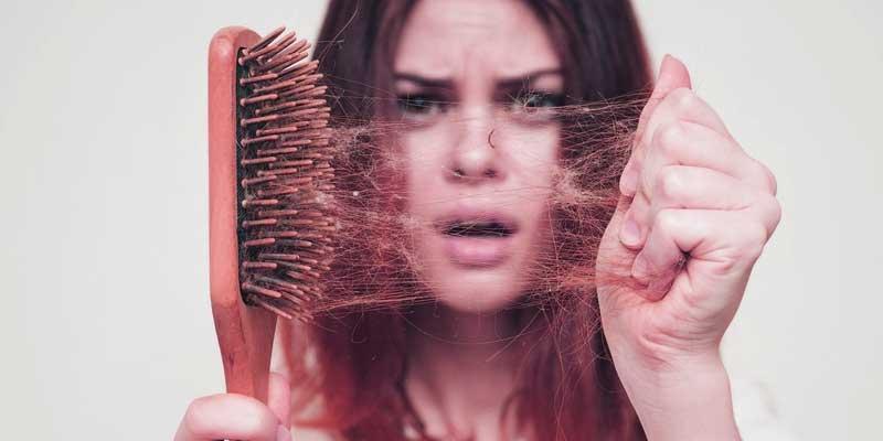 sac dokulmes neden olur - Saç Dökülmesi Neden Olur? 12 Sebep ve Çözüm!